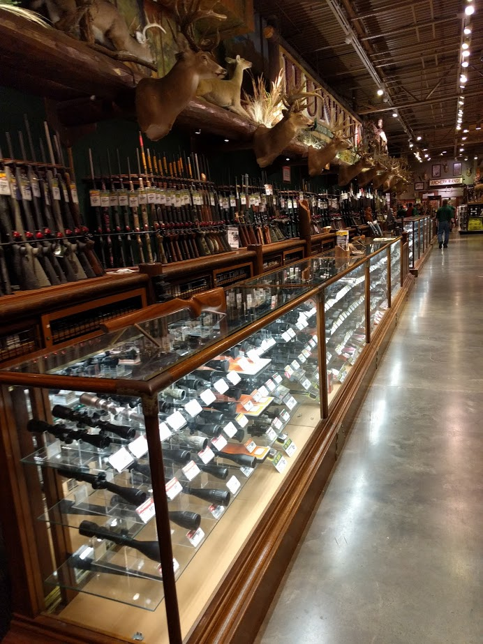 Bass Pro Gun Counter